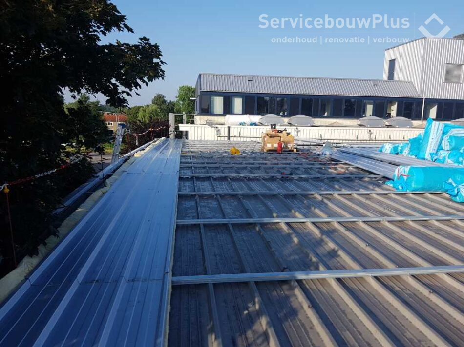Nieuw dak Kubus Sports