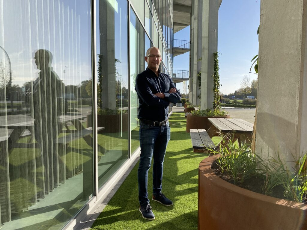 ServicebouwPlus verwelkomt Ronald van Dijk